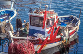 Fishing boat in the harbor of Saint Tropez — Stockfoto