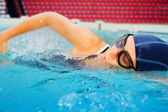 Young swimmer in action — Stock Photo