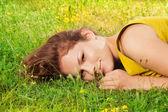 Menina linda em clima de verão — Fotografia Stock
