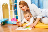 Mother and child drawing — Foto Stock