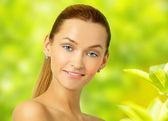 Yeşil ve güzellik smilng — Stok fotoğraf