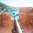 Canon on walls of Dubrovnik — Stock Photo
