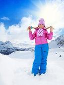 Chica rubia en día de invierno — Foto de Stock