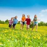 Kids running — Stock Photo
