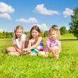 Three sister in the park — Stock Photo
