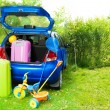 Packing a car for trip with kids — Stock Photo