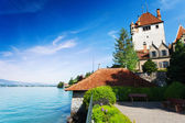 Lake Thun and Oberhofen castle — Stock Photo