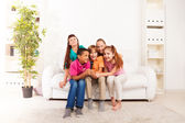 Kids sing at home — Stock Photo