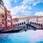 Rialto Bridge and grand canal — Stock Photo