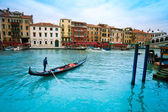 Gondolier in gondola in Venice — Stock Photo