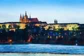 Prague hrad and Charles Bridge — Stock Photo