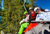 Snowboarders   in elevator — Stok fotoğraf