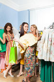Girls   in shopping mall — Stock Photo