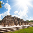 Temple and columns, Chichen Itza, Mexico — Stock Photo #48545473