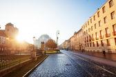 Dia de sol na hlavna rua em kosice, Eslováquia — Fotografia Stock