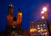 St Mary's Basilica, Rynek Glowny, Krakow, Poland — Stock Photo