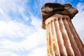 греческая колонна — Стоковое фото