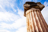 The Greek column — Stockfoto