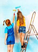 Meisjes op een richel — Stockfoto