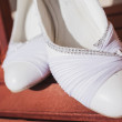 Beautiful bride's shoes — Stock Photo