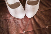 Beautiful bride's shoes — Zdjęcie stockowe