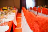 пустой свадьба стулья — Стоковое фото