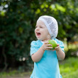 Cute baby girl in the park — Stock Photo