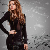黒いドレスを着ている女性 — ストック写真