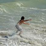 ������, ������: Skimboard Surfer