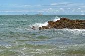 Rock i havet — Stockfoto