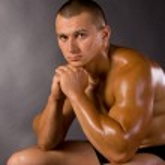 Muscled male model bodybuilder — Stock Photo