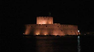 Night Rhodes fort — Stockvideo