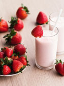 Fresh strawberry milk shake in a glass — Stock Photo