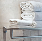 Towels for couple prepared to use — Zdjęcie stockowe