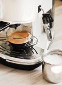 Coffee machine makes coffee — Foto de Stock