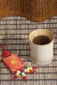 Bambus-ware und parfüm-ranzen — Stockfoto