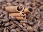 Skořice a káva — Stock fotografie