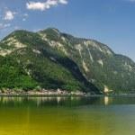 Beautiful mountains landscape of Hallstatt, village in Austria — Stock Photo