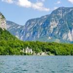 Beautiful mountains landscape of Hallstatt, village in Austria — Stock Photo #12578376