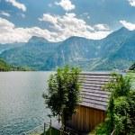 Beautiful mountains landscape of Hallstatt, village in Austria — Stock Photo #12578377