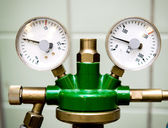 Manometer with reducer close-up — Stock Photo