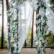 Wedding arch outdoors — 图库照片