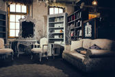 Luxurious vintage interior of sitting-room — Stock Photo