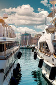 Luxury yachts in Port Le Vieux. Cannes, France — Stock Photo