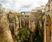 Amazing view of the Ronda canyon and the famous white village — Stock Photo