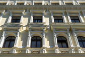リガの中心部の建物のアール ヌーボー様式のファサード — ストック写真