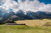 Picturesque view of piste and High Tatras in springtime. Slovakia — Stock Photo