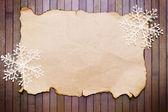 Papel e flocos de neve decorativos — Foto Stock