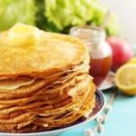 Постер, плакат: Golden pancakes