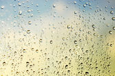 Droppar på glaset — Stockfoto
